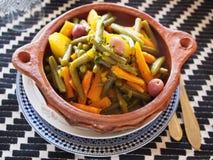 Plato del tagine de las verduras Imagenes de archivo