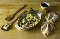 Plato italiano típico de las pastas hechas en casa Fotos de archivo