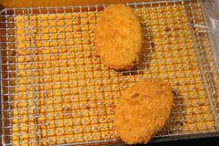 Plato llano del japonés de Korokke de la patata Foto de archivo libre de regalías