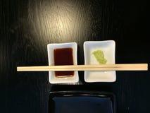 Plato vacío del sushi con el condimento Imágenes de archivo libres de regalías