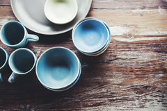 Platos de cerámica hechos a mano Fotos de archivo libres de regalías