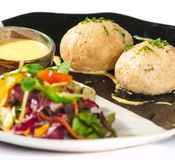 Platos de la cocina internacional en un restaurante Fotos de archivo libres de regalías