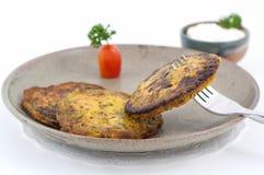 Platos de la cocina internacional en un restaurante Imagenes de archivo