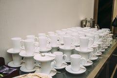 Platos del restaurante para el banquete fotos de archivo