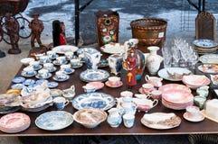 Platos del mercado de pulgas imagen de archivo libre de regalías