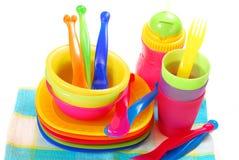 Platos plásticos coloridos Fotos de archivo libres de regalías
