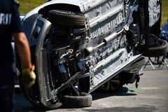 Plats av en räddningstjänst för bilkrasch och nödläge Arkivfoton