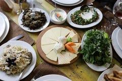 Plats avec les casse-croûte arméniens photo stock