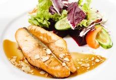 Plats de poisson chauds - bifteck saumoné Photos libres de droits