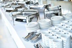 Plats et plats de restauration avant événement photos stock