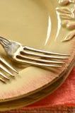 Plats et fourchettes rustiques Photographie stock