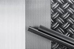 Plats et tubes de Metall Image stock