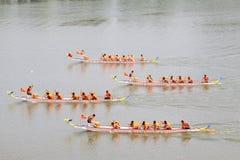 Plats för drakefartyglopp i kinesiska traditionella Dragon Boat Festiv Arkivbilder