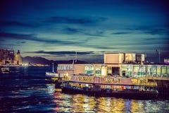 Plats för Hong Kong Victoria hamnnatt Royaltyfri Bild