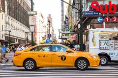 Plats för MidtownManhattan NYC gata arkivfoto