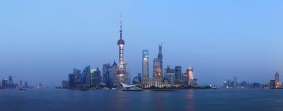 Plats för Shanghai pudong lujiazuinatt Arkivfoto