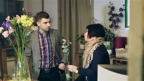 Platsen i blomsterhandeln lager videofilmer