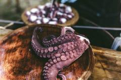 Platta av lagade mat bläckfisken för galician den stil gallega lapulpo Arkivbilder