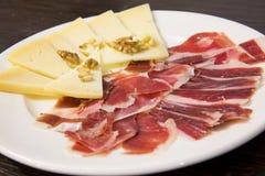 Platta av mat. Spansk mat. royaltyfria foton
