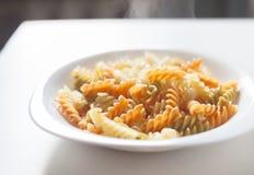 Platta av smaklig pasta Arkivfoto