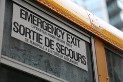 Platta för nöd- utgång för skolbuss Royaltyfri Foto