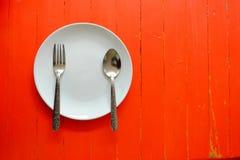 Platta maträtt, crowdie som är crowdy arkivfoto