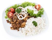 Platta med Kebab och Rice på white Arkivfoton