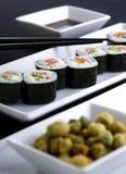 platta tjänade som sushi Royaltyfria Bilder