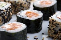 platta tjänade som sushi Fotografering för Bildbyråer