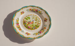 Platte Chelsea Bird Feinen Porzellans stockfoto