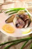 Platte der geräucherten Makrele stockbild