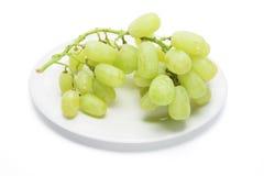 Platte der grünen Trauben Stockfoto