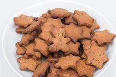 Platte der selbst gemachten Kekse (Nahaufnahmeansicht) Lizenzfreies Stockfoto