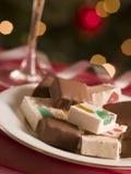 Platte des Schokoladen-eingetauchten und normalen Nugats Lizenzfreies Stockfoto