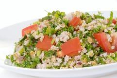 Platte des tabouli Salats lizenzfreie stockfotos