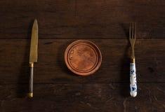 Platte, Gabel und Messer Lizenzfreie Stockfotos