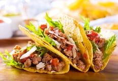 Platte von Tacos Lizenzfreie Stockfotografie