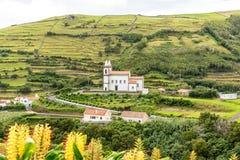 Platteland dichtbij Santa Cruz op het Eiland Flores in de Azoren, Portugal Stock Foto