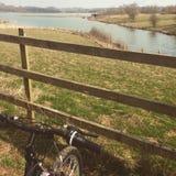 Platteland het biking Royalty-vrije Stock Afbeelding
