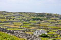 Platteland op het Aran-Eiland Inisheer, Ierland Stock Afbeelding