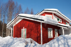 Plattelandshuisje in de winter Stock Foto