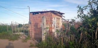 Plattelandshuisje op landelijke plaats, binnenlands van Pernambuco, Brazilië stock foto's