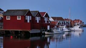 Plattelandshuisje in Zweden, Scandinavië stock videobeelden