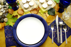 Platten betriebsbereit zum Abendessen Stockfotografie