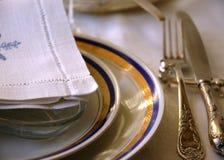 Platten mit serviete Stockfotos