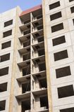 Plattenkasten des Wolkenkratzers Stockfotos