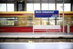 Plattform Berlin Railway Station Arkivfoton
