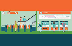 Plattform för gångtunneldrevstation med den köpande drevbiljetten för folk Arkivbilder
