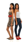 Plattform för två ung kvinnor Royaltyfri Bild