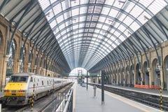 Plattform Könige Cross Station Lizenzfreie Stockbilder